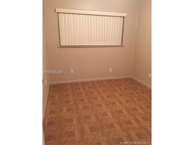 6529 23rd St, Miramar, FL 33023 (MLS #H10046260) :: Green Realty Properties