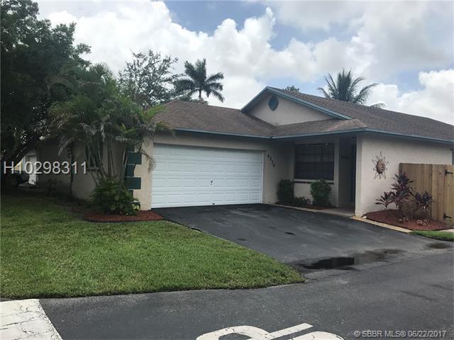 8270 41st St, Davie, FL 33328 (MLS #H10298311) :: RE/MAX Presidential Real Estate Group
