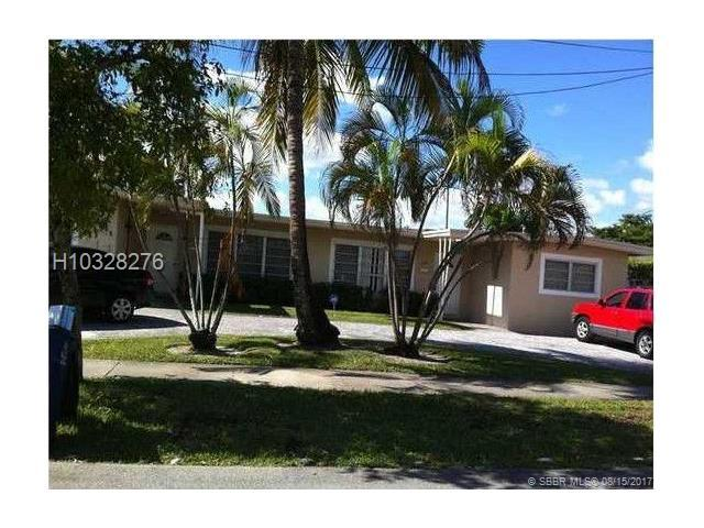 240 10th Ave, Hallandale, FL 33009 (MLS #H10328276) :: RE/MAX Presidential Real Estate Group