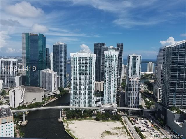 92 3rd St #4312, Miami, FL 33130 (MLS #H10341419) :: Green Realty Properties