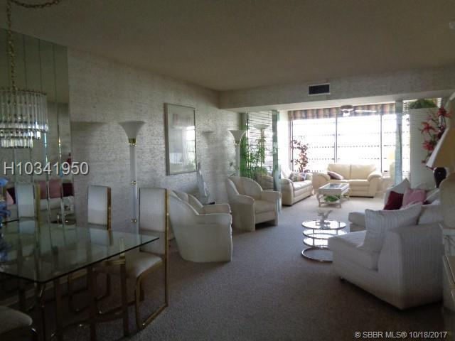 1719 Whitehall Dr #406, Davie, FL 33324 (MLS #H10341950) :: RE/MAX Presidential Real Estate Group