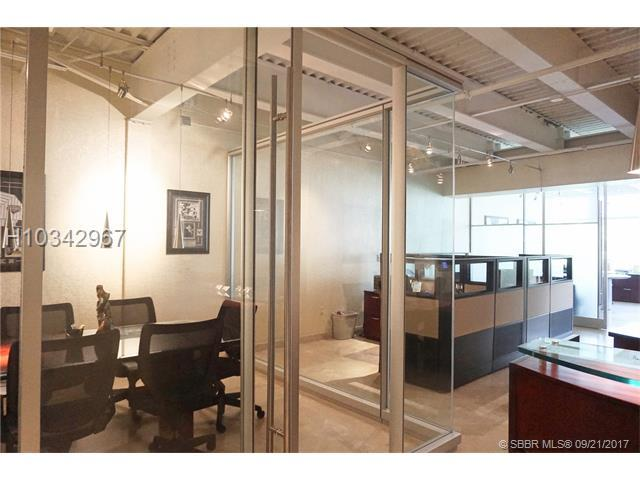 8050 University Dr #202, Tamarac, FL 33321 (MLS #H10342967) :: Green Realty Properties