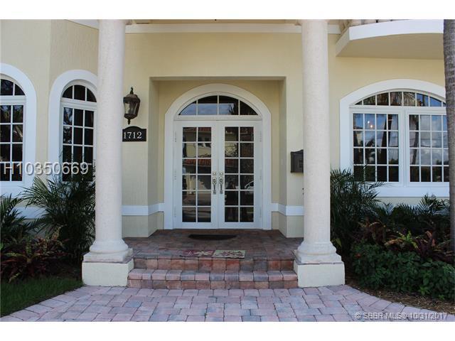1712 13th St, Fort Lauderdale, FL 33316 (MLS #H10350669) :: Green Realty Properties