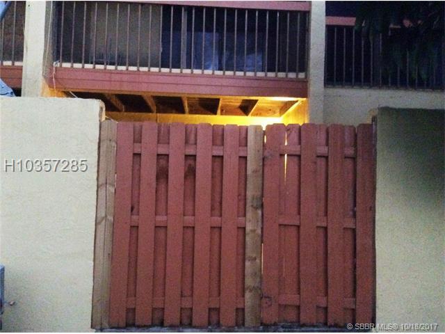 1570 93rd Ave #299, Pembroke Pines, FL 33024 (MLS #H10357285) :: Green Realty Properties
