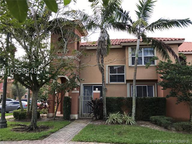 1042 143 Av #2505, Pembroke Pines, FL 33025 (MLS #H10358648) :: Green Realty Properties