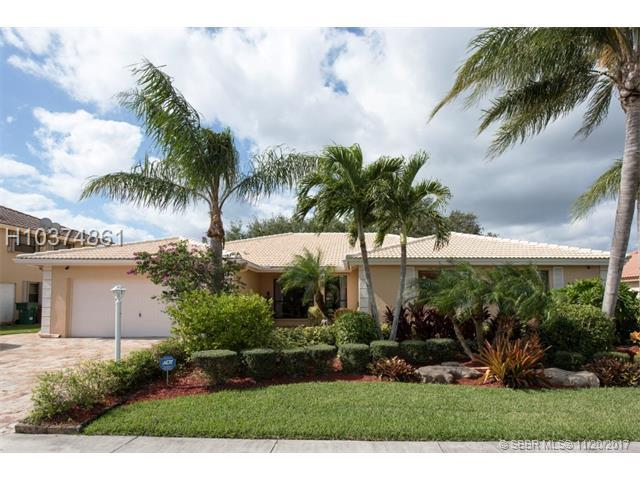 6521 Falconsgate Ave, Davie, FL 33331 (MLS #H10374861) :: Green Realty Properties