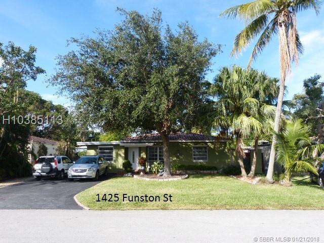 1425 Funston St, Hollywood, FL 33020 (MLS #H10385113) :: Green Realty Properties