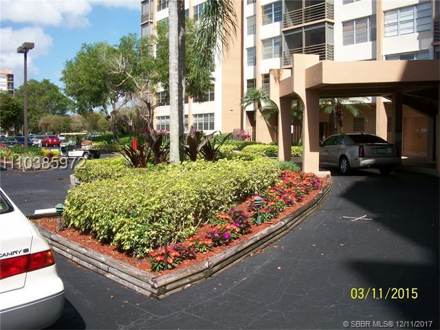 1200 Saint Charles Pl #604, Pembroke Pines, FL 33026 (MLS #H10385972) :: Green Realty Properties
