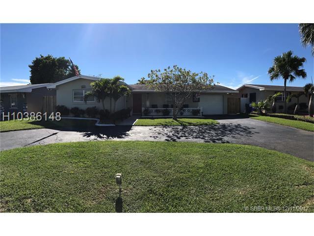 8810 15th St, Pembroke Pines, FL 33024 (MLS #H10386148) :: Green Realty Properties