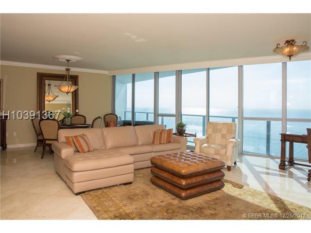 3101 Ocean Dr #2706, Hollywood, FL 33019 (MLS #H10391367) :: Green Realty Properties