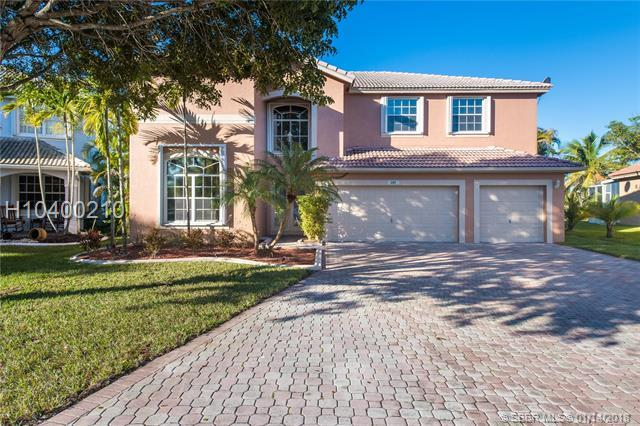 690 168th Way, Pembroke Pines, FL 33027 (MLS #H10400210) :: RE/MAX Presidential Real Estate Group