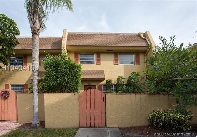 7175 Nova Dr #401, Davie, FL 33317 (MLS #H10404168) :: Green Realty Properties