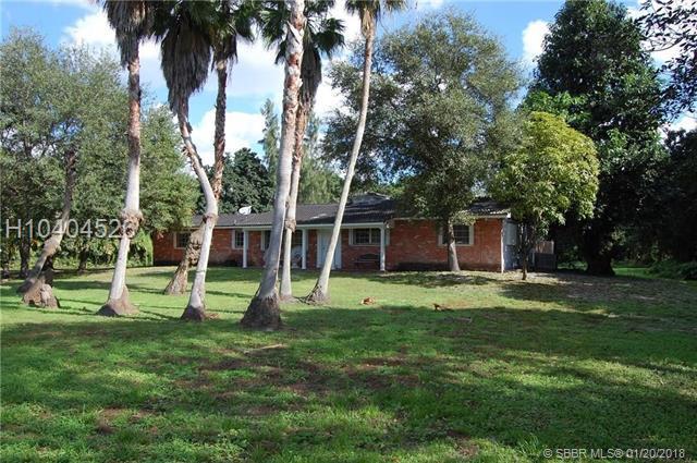 4450 95th Ave, Davie, FL 33328 (MLS #H10404526) :: Green Realty Properties