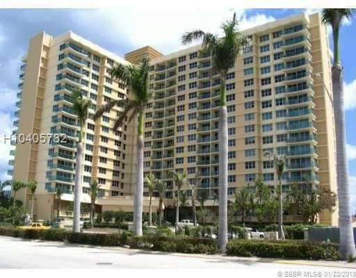 2501 Ocean Dr #709, Hollywood, FL 33019 (MLS #H10405782) :: Green Realty Properties