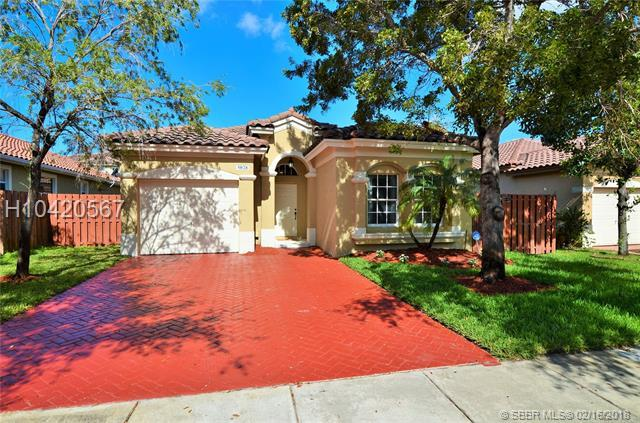 5028 139th Ave, Miramar, FL 33027 (MLS #H10420567) :: Green Realty Properties