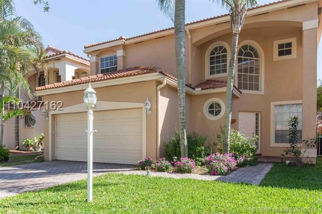 10840 Morningstar Dr, Cooper City, FL 33026 (MLS #H10427162) :: Green Realty Properties