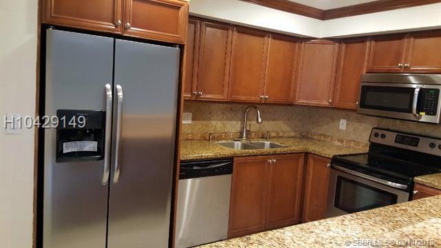 3320 Quail Close #19, Pompano Beach, FL 33064 (MLS #H10429149) :: Green Realty Properties