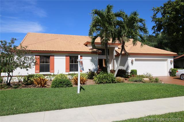 3071 Perriwinkle Circle, Davie, FL 33328 (MLS #H10432990) :: Green Realty Properties