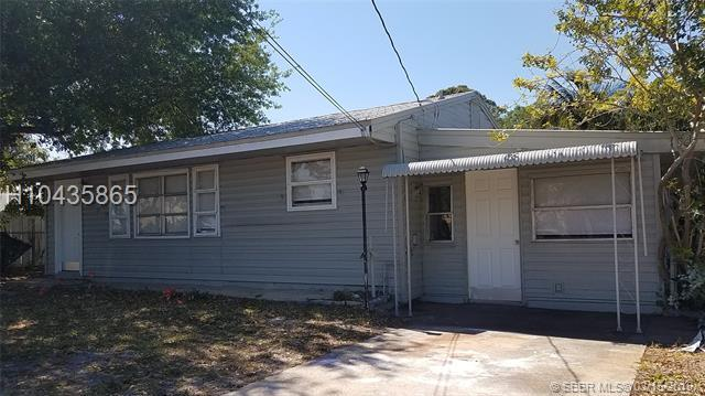 820 Palm City Rd, Stuart, FL 34994 (MLS #H10435865) :: Green Realty Properties