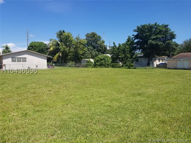 1940 154, Miami Gardens, FL 33054 (MLS #H10436096) :: Green Realty Properties