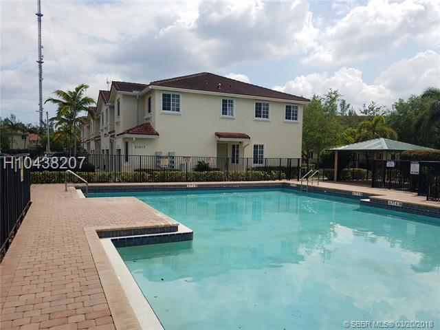21127 14th Pl #2, Miami Gardens, FL 33169 (MLS #H10438207) :: Green Realty Properties