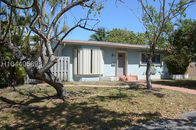 1923 Funston St, Hollywood, FL 33020 (MLS #H10440589) :: Green Realty Properties