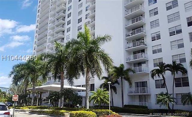 13499 Biscayne Blvd #1503, North Miami, FL 33181 (MLS #H10444260) :: Green Realty Properties