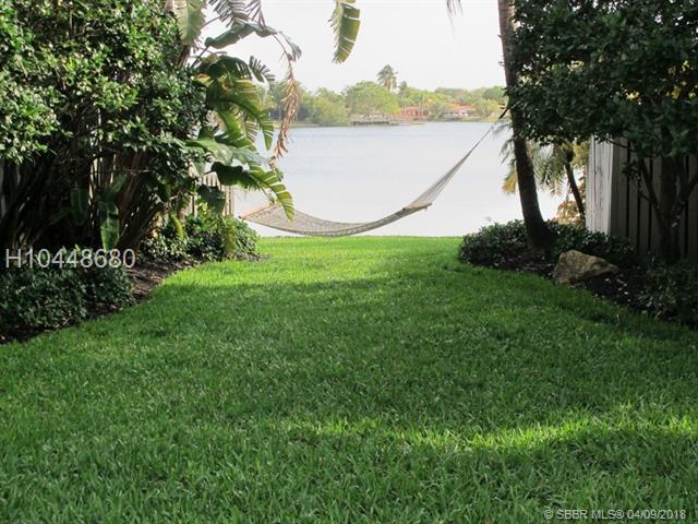20701 21st Ct, Miami, FL 33179 (MLS #H10448680) :: Green Realty Properties