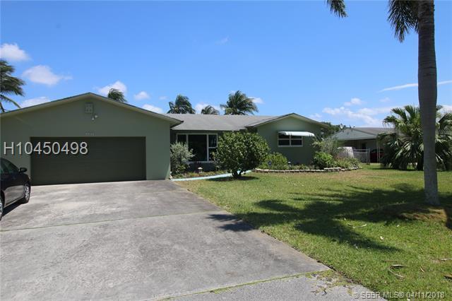 4600 34 Terrace, Dania Beach, FL 33312 (MLS #H10450498) :: Green Realty Properties
