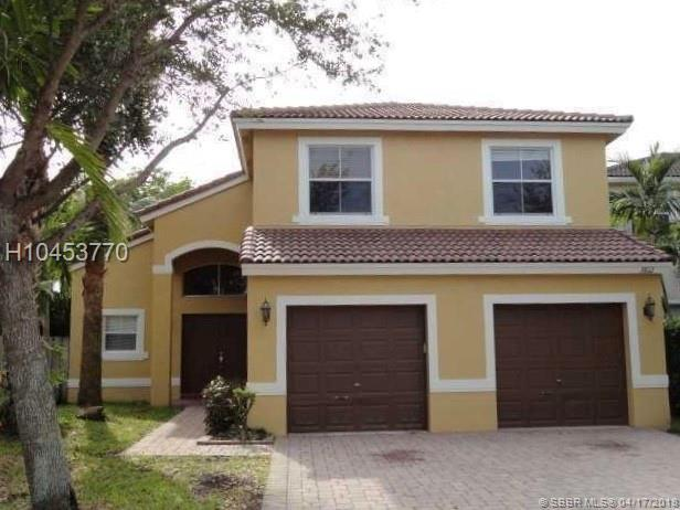 3812 53rd Ct, Fort Lauderdale, FL 33312 (MLS #H10453770) :: Green Realty Properties