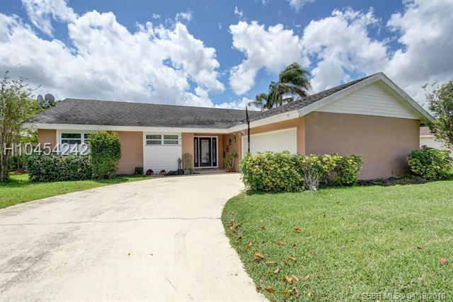 1475 The 12th Fairway, Wellington, FL 33414 (MLS #H10454242) :: Green Realty Properties