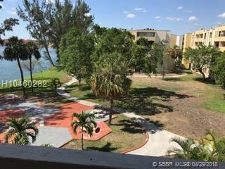 10000 80th Ct #2423, Miami Lakes, FL 33016 (MLS #H10460282) :: Green Realty Properties