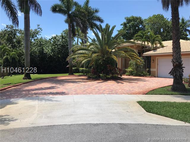 6300 58th Ct, Davie, FL 33314 (MLS #H10461228) :: Green Realty Properties