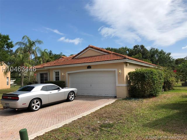 16103 2nd Dr, Pembroke Pines, FL 33027 (MLS #H10463446) :: Green Realty Properties