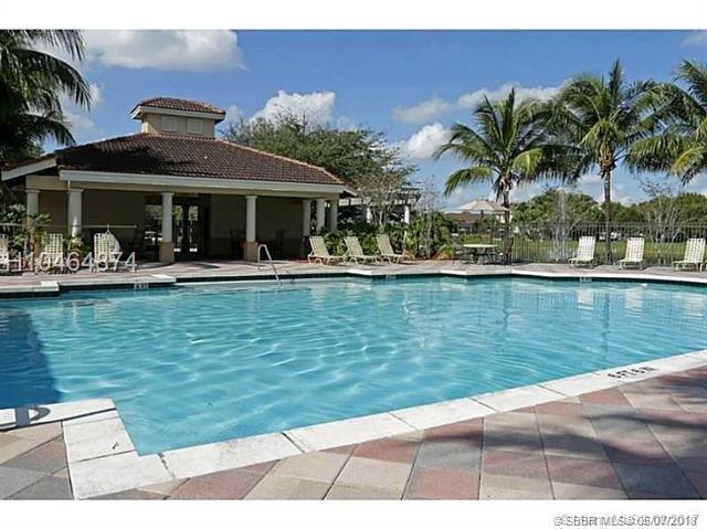 2439 Centergate Dr #102, Miramar, FL 33025 (MLS #H10464874) :: Green Realty Properties