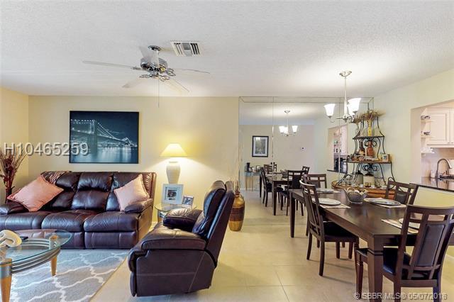 5321 Poppy Pl #203, Delray Beach, FL 33484 (MLS #H10465259) :: Green Realty Properties