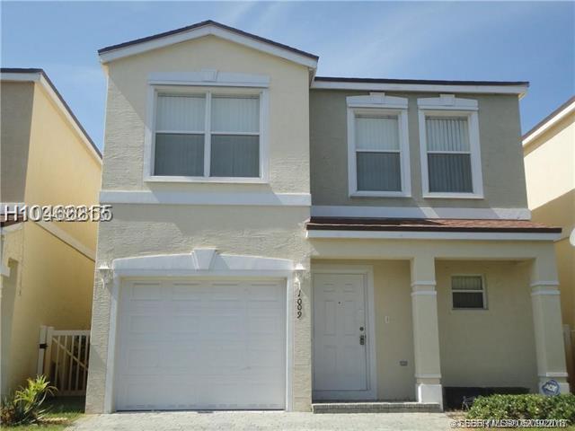 1009 15th St, Deerfield Beach, FL 33441 (MLS #H10466855) :: Green Realty Properties