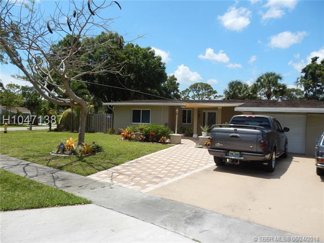 1005 44th Ave, Plantation, FL 33317 (MLS #H10471387) :: Green Realty Properties