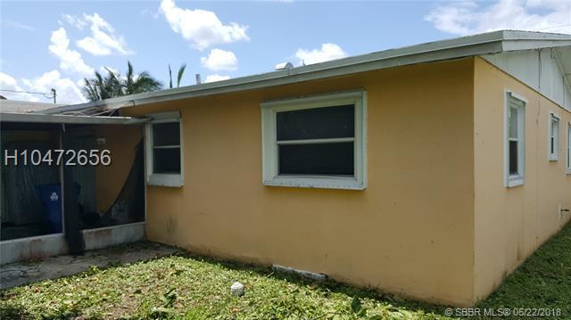2470 64th Ave, Sunrise, FL 33313 (MLS #H10472656) :: Green Realty Properties