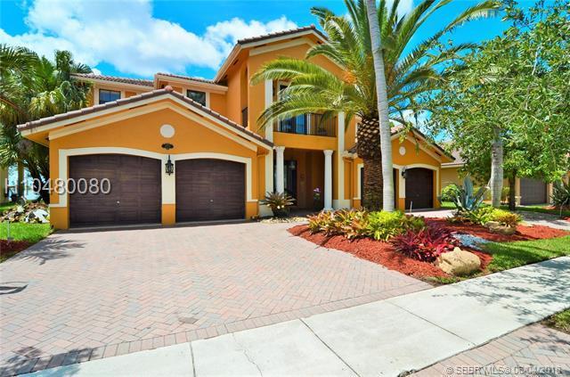 18728 17th Ct, Miramar, FL 33029 (MLS #H10480080) :: Green Realty Properties