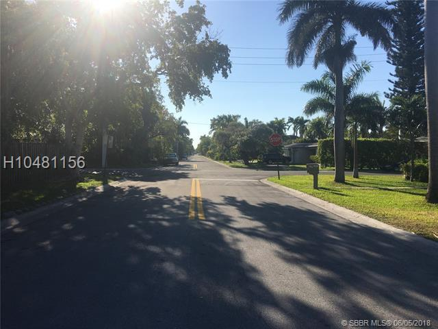 955 Buchanan St, Hollywood, FL 33019 (MLS #H10481156) :: Green Realty Properties