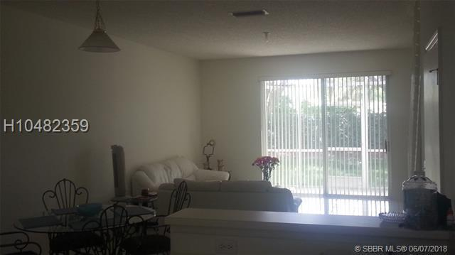 2042 Madeira Dr #2042, Weston, FL 33327 (MLS #H10482359) :: Green Realty Properties