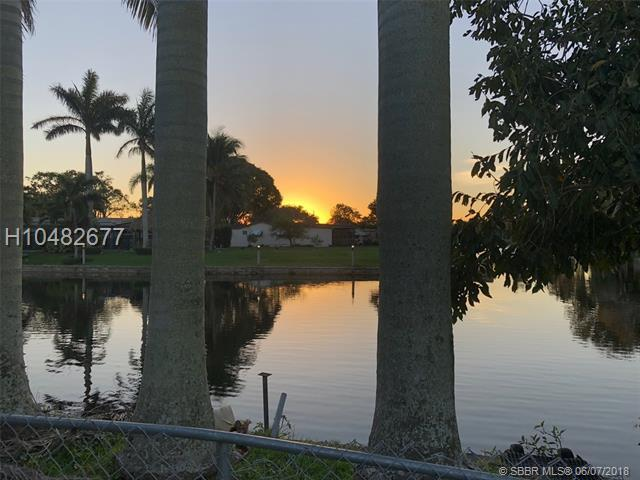 5261 89th Ave, Cooper City, FL 33328 (MLS #H10482677) :: Green Realty Properties