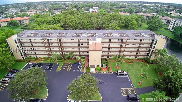 7770 50th St #405, Lauderhill, FL 33351 (MLS #H10483182) :: Green Realty Properties