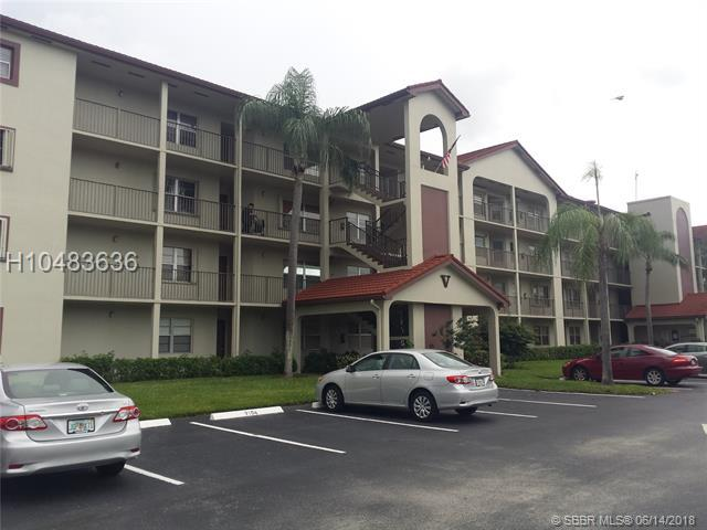 12901 15th Ct 303 V, Pembroke Pines, FL 33027 (MLS #H10483636) :: Green Realty Properties