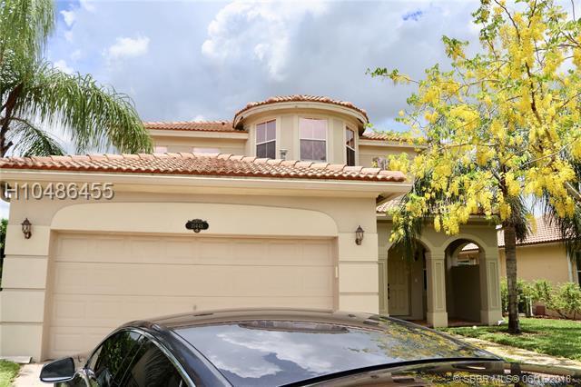 10448 Galleria St, Wellington, FL 33414 (MLS #H10486455) :: Green Realty Properties