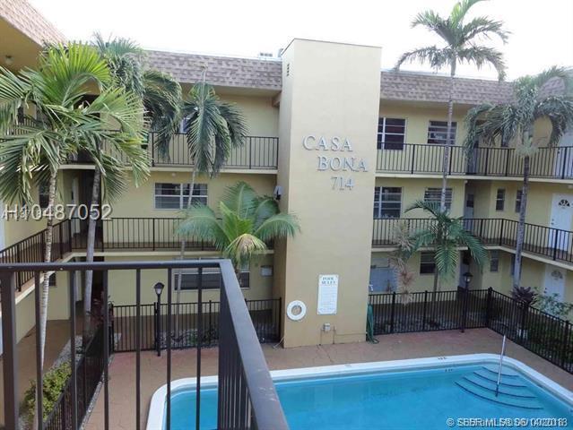 714 10th St #206, Hallandale, FL 33009 (MLS #H10487052) :: Green Realty Properties