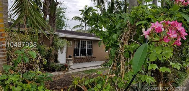 6370 Farragut St, Hollywood, FL 33024 (MLS #H10487968) :: Green Realty Properties