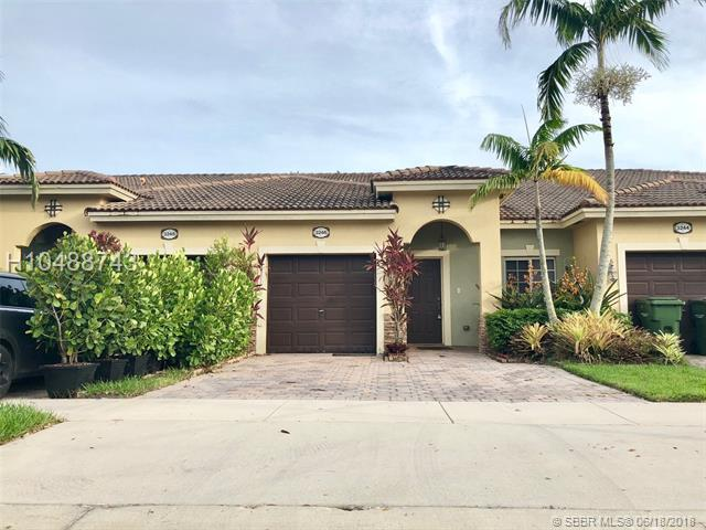 3246 11th Dr #3246, Homestead, FL 33033 (MLS #H10488743) :: Green Realty Properties