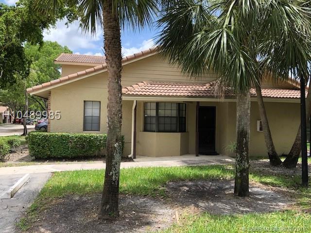9088 Vineyard Lake Dr #9088, Plantation, FL 33324 (MLS #H10489985) :: Green Realty Properties